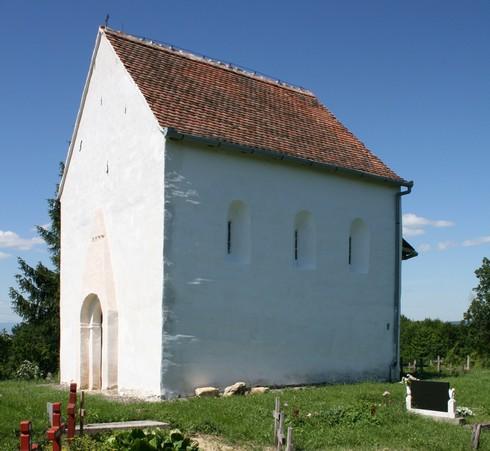 Srednjovjekovna crkva Svetog Martina Lovčić